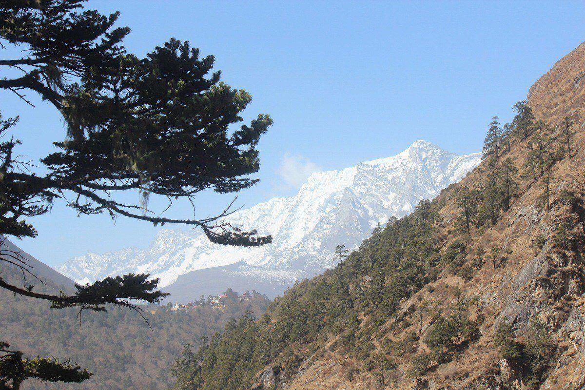 Views During Everest View Trek