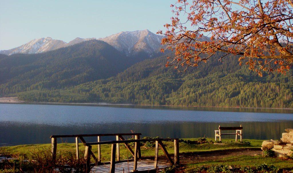 Rara.lake_