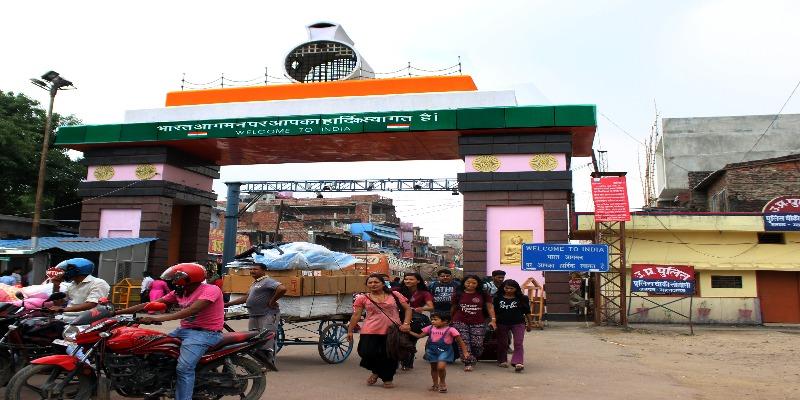 Nepal and India Sunauli border